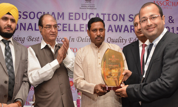 CIMAGE College got Best B-School in India(East) Award